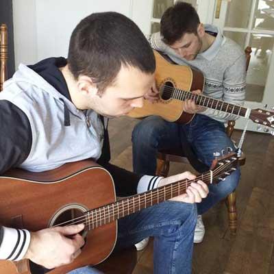 cas-gitare-duet
